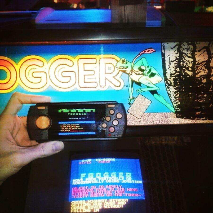 Аркадный автомат и Atari 2600 Portable